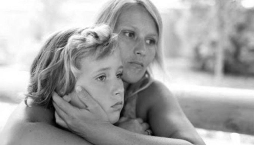 Υπερπροστασία γονέων: Όταν η αγάπη γίνεται εμπόδιο